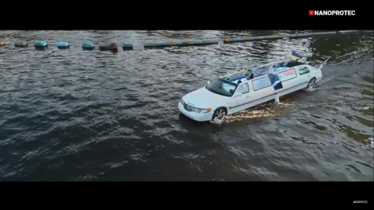 На что способен сделанный в Украине плавающий лимузин 1