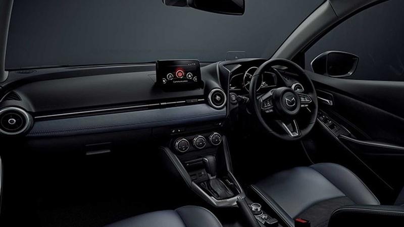 Хэтчбек Mazda2 обновился и сменил имя в Японии 3