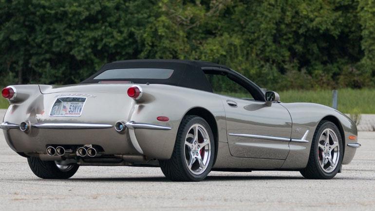 Представлена юбилейная версия Corvette C5 1