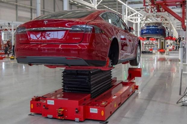 В Европе назвали главные угрозы для развития электромобильного рынка 1