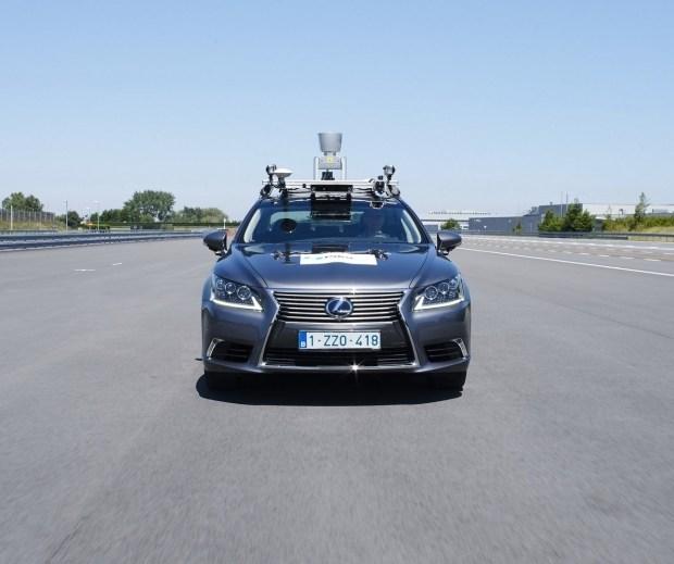 Toyota перешла к последнему этапу тестирования беспилотного Lexus LS 1