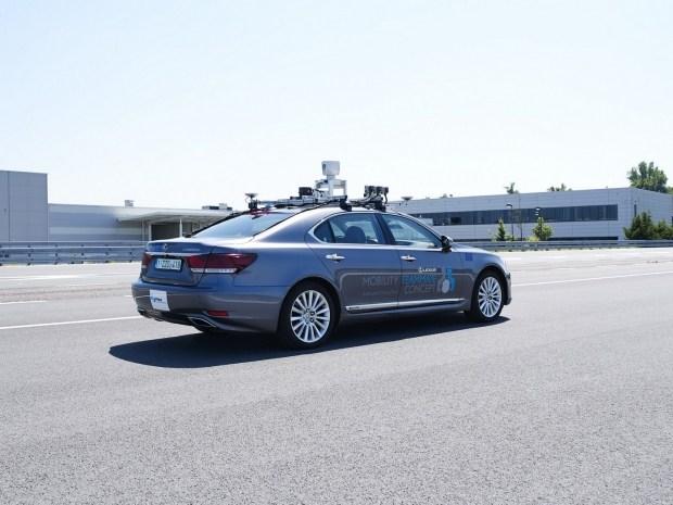 Toyota перешла к последнему этапу тестирования беспилотного Lexus LS 2