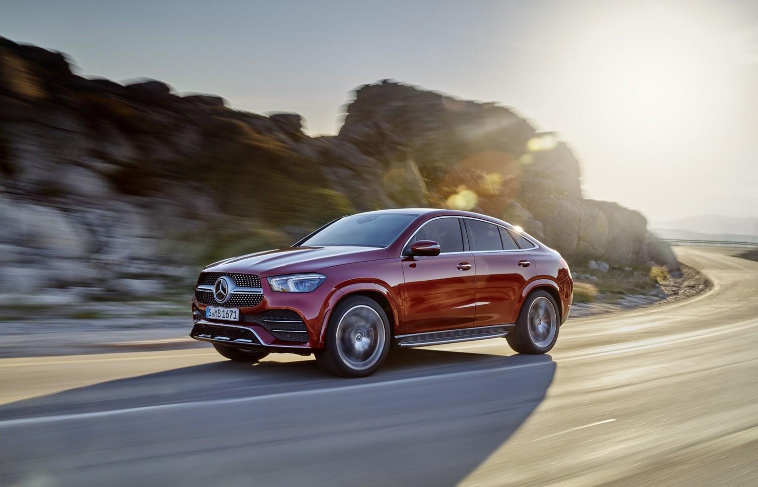 Новый необычный Mercedes: еще один внедорожник-купе 3