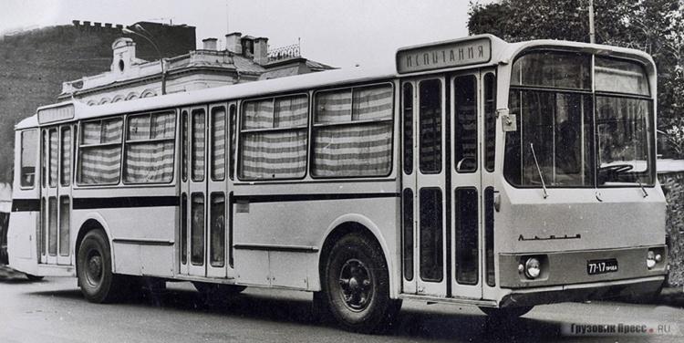 В Сети показали необычный автобус ЛАЗ 1