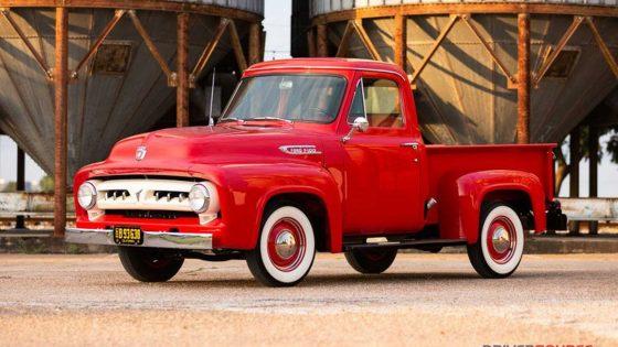 В продажу поступил 66-летний пикап Ford 1
