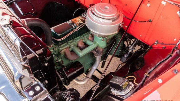 В продажу поступил 66-летний пикап Ford 4