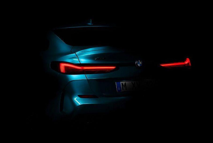 Первые фото нового маленького седана BMW 1