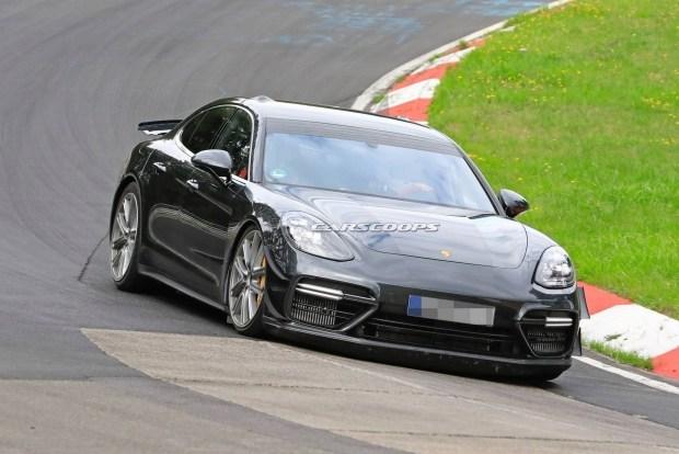 Porsche Panamera готовится установить рекорд трассы Нюрбургринг 1