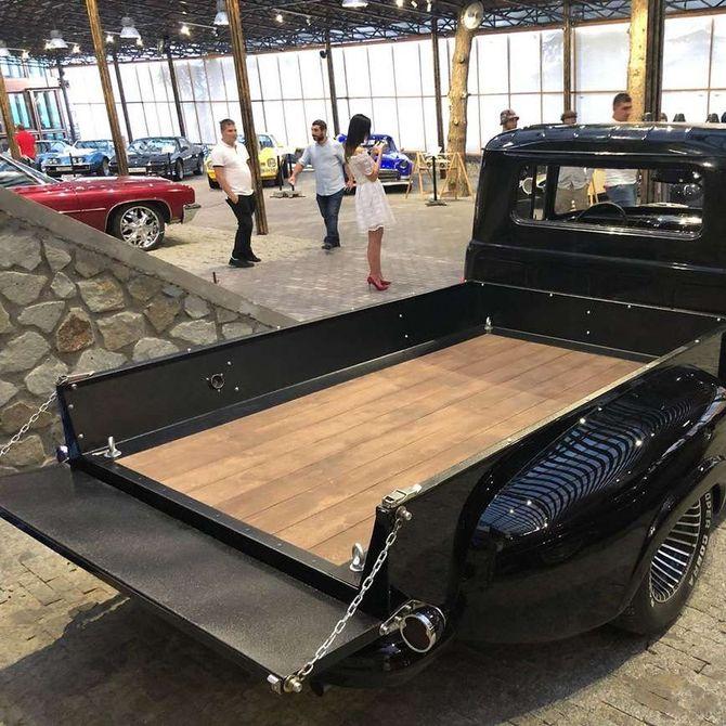Из Chevrolet Tahoe сделали ЗИЛ-130 2
