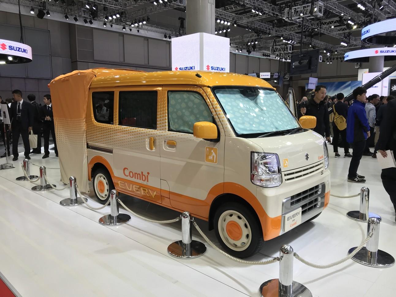 Автосалон в Токио: Suzuki презентовала автомобиль для мам 1