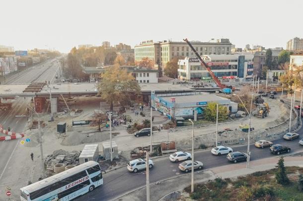 В Киеве установлен прогон Шулявского моста 2