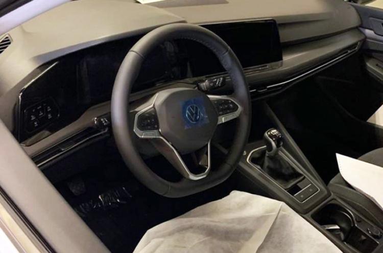 «Живые» фотографии нового Volkswagen Golf утекли в Сеть 2