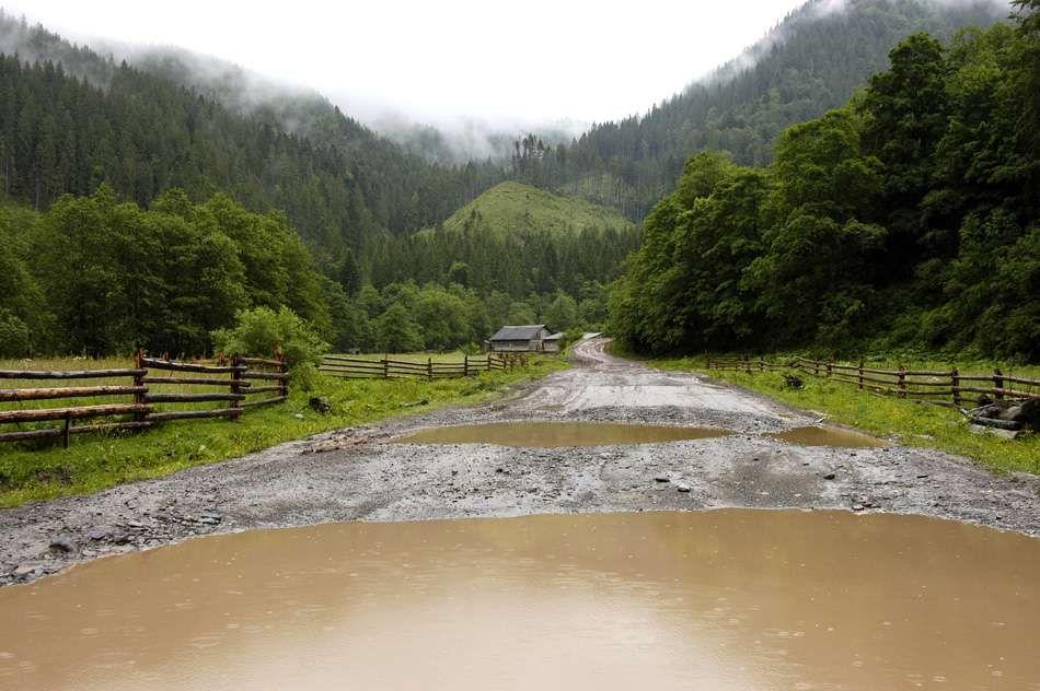 Австрийцы хотят строить в Украине дороги из глины 1