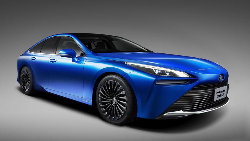 Toyota показала второе поколение своего водородомобиля 1
