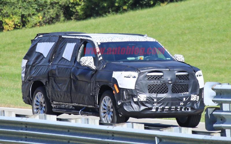 Cadillac тестирует новый Escalade 2