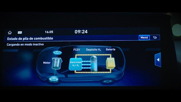 Hyundai  оригинально прорекламировал свой водородный Hyundai Nexo 1