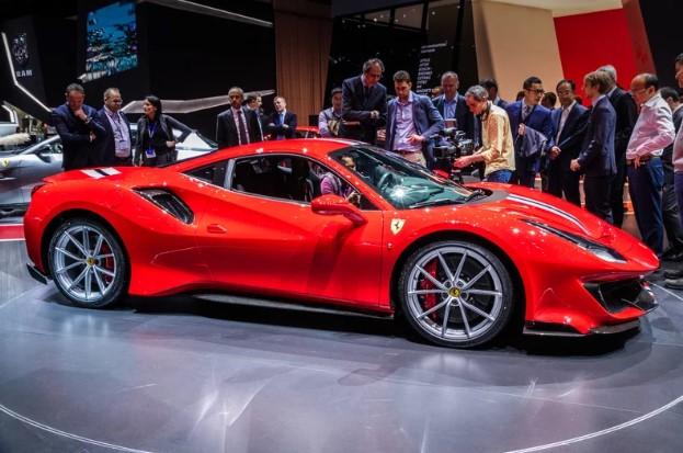Джереми Кларксон назвал лучшие автомобили года 1