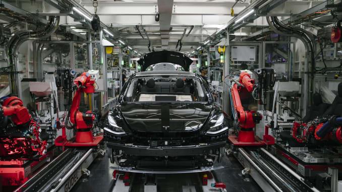 Уволенный сотрудник выиграл суд у Tesla Motor 1