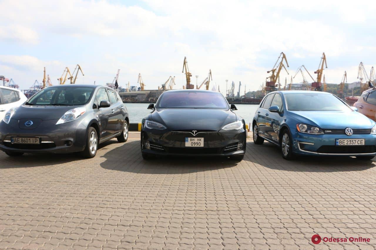 В Украине состоялся рекордный пробег электромобилей 3