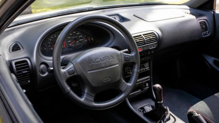 Уникальное купе марки Acura продали за 82 тысячи долларов 2