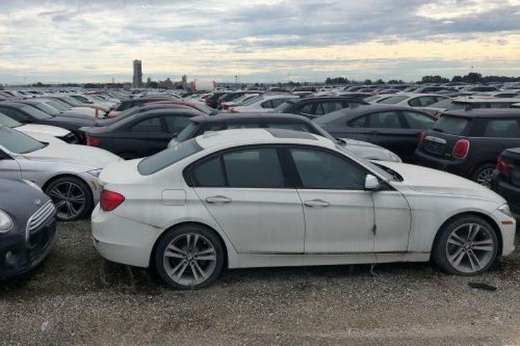 Обнаружено огромное «кладбище» новых BMW и MINI 1