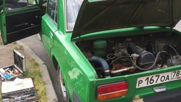 Как выглядят «Жигули» с мотором в багажнике 2