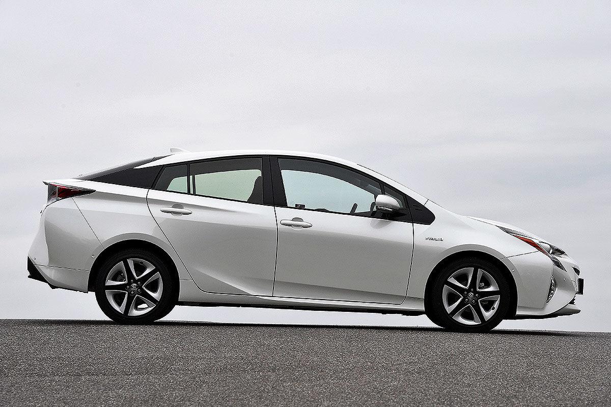«Неубиваемая лошадка»: тест Toyota Prius с пробегом 100 тысяч километров 4