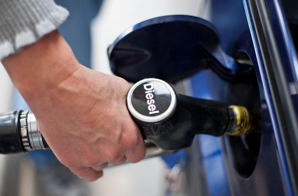 Дизельное топливо подорожает минимум на 1,5 гривны 1