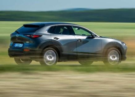 Когда дебютирует первый электромобиль Mazda 1