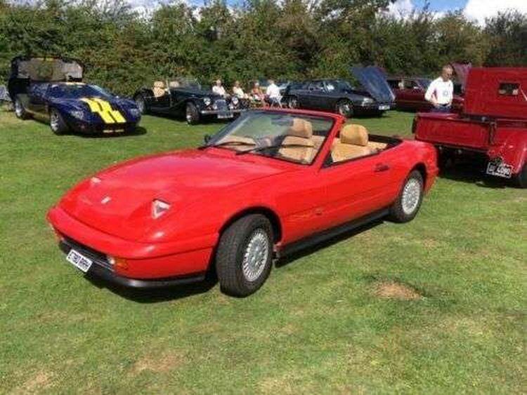 Кабриолет ВАЗ-2108 британской сборки продают за 5 тысяч долларов 1