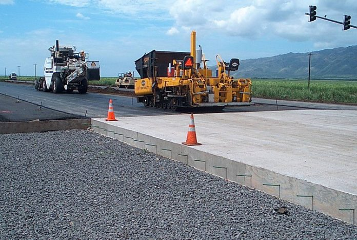 В новом Кабмине назвали сумму, которую потратят на ремонт дорог в 2020 году 1