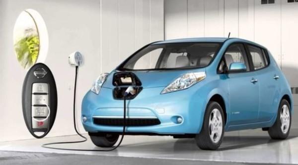 Украинцев будут стимулировать к переходу на электромобили 1