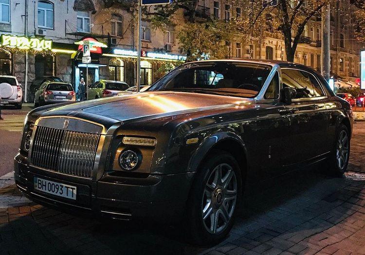 В Украине заметили редчайший Rolls-Royce 1
