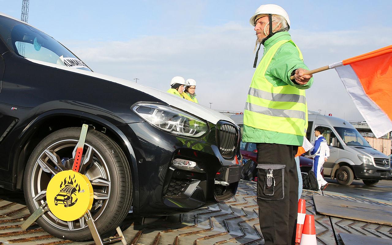 «Зеленые» объявили «войну» BMW 2