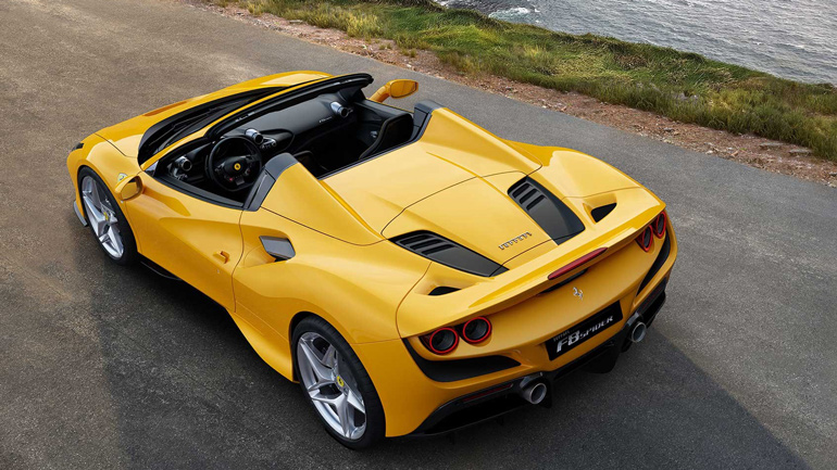 Родстер Ferrari F8 Spider представлен официально 1