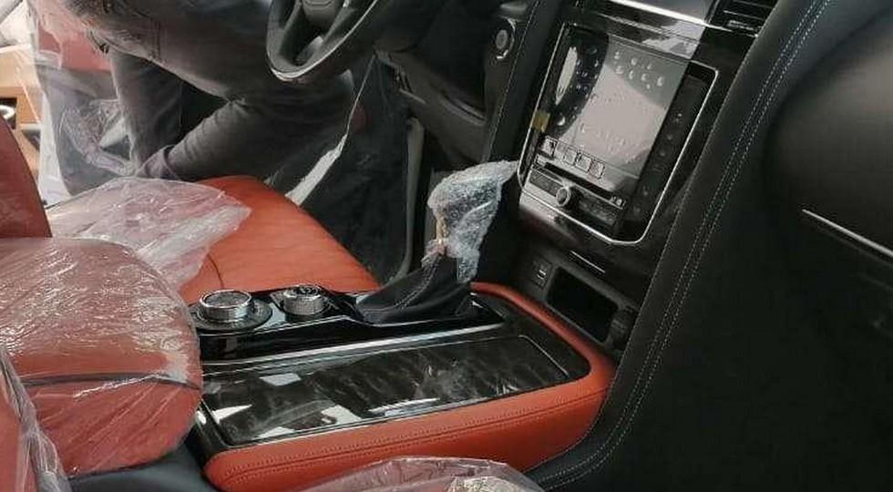 Nissan Patrol поразил своим интерьером 2
