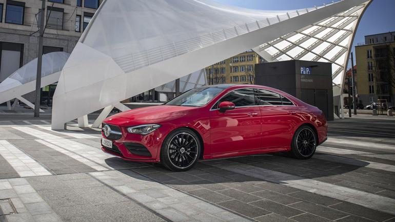 Mercedes-Benz отказался от участия в нескольких автосалонах 1