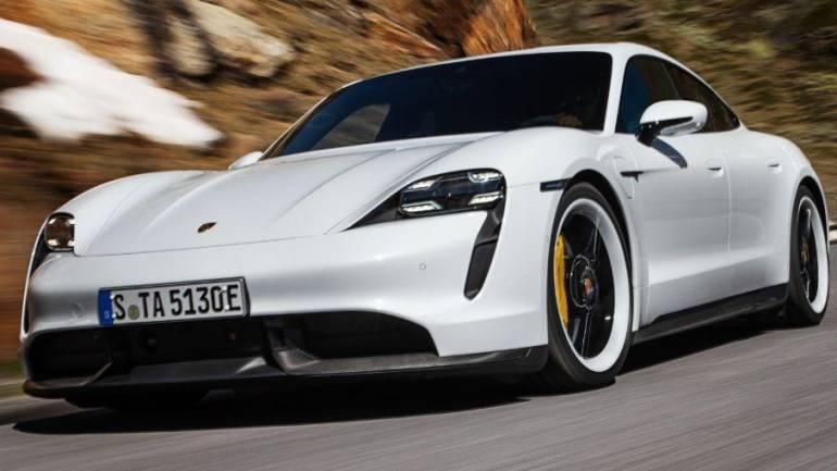 Электрический Porsche Taycan показан официально 1