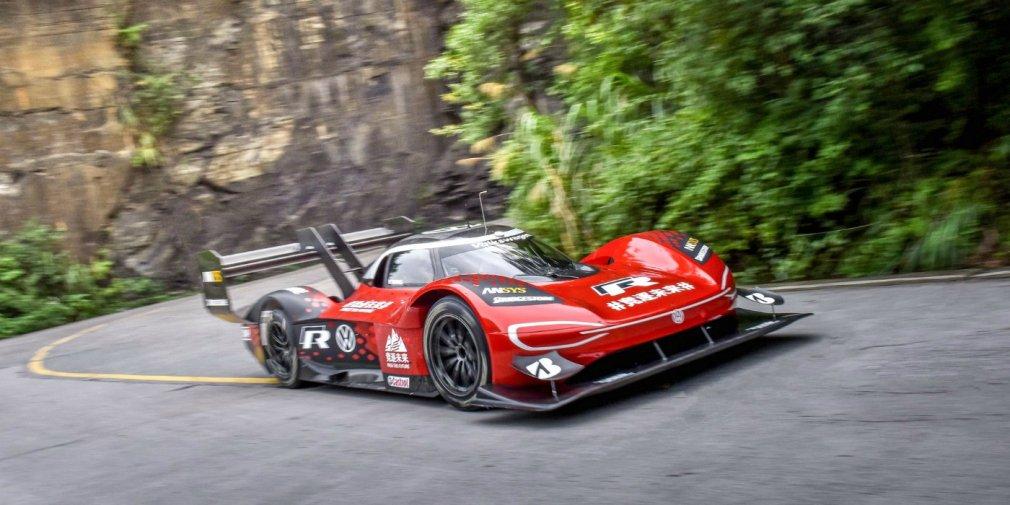 Электрический Volkswagen установил рекорд горной трассы с 99 поворотами 1
