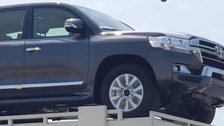 Новый внедорожник Toyota Land Cruiser 200 показали на первых снимках 1