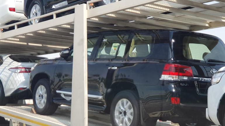 Новый внедорожник Toyota Land Cruiser 200 показали на первых снимках 2