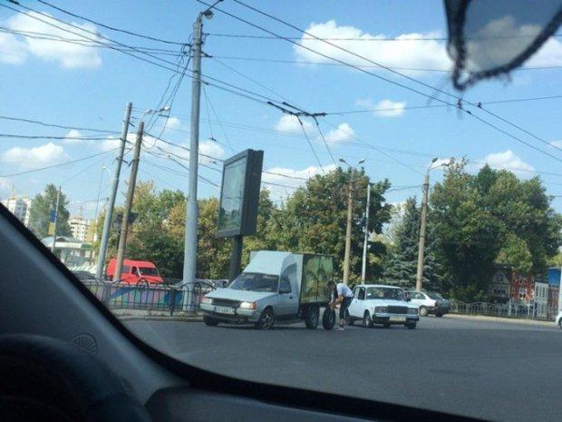 В Харькове сфотографировали раритетный ЗАЗ 1