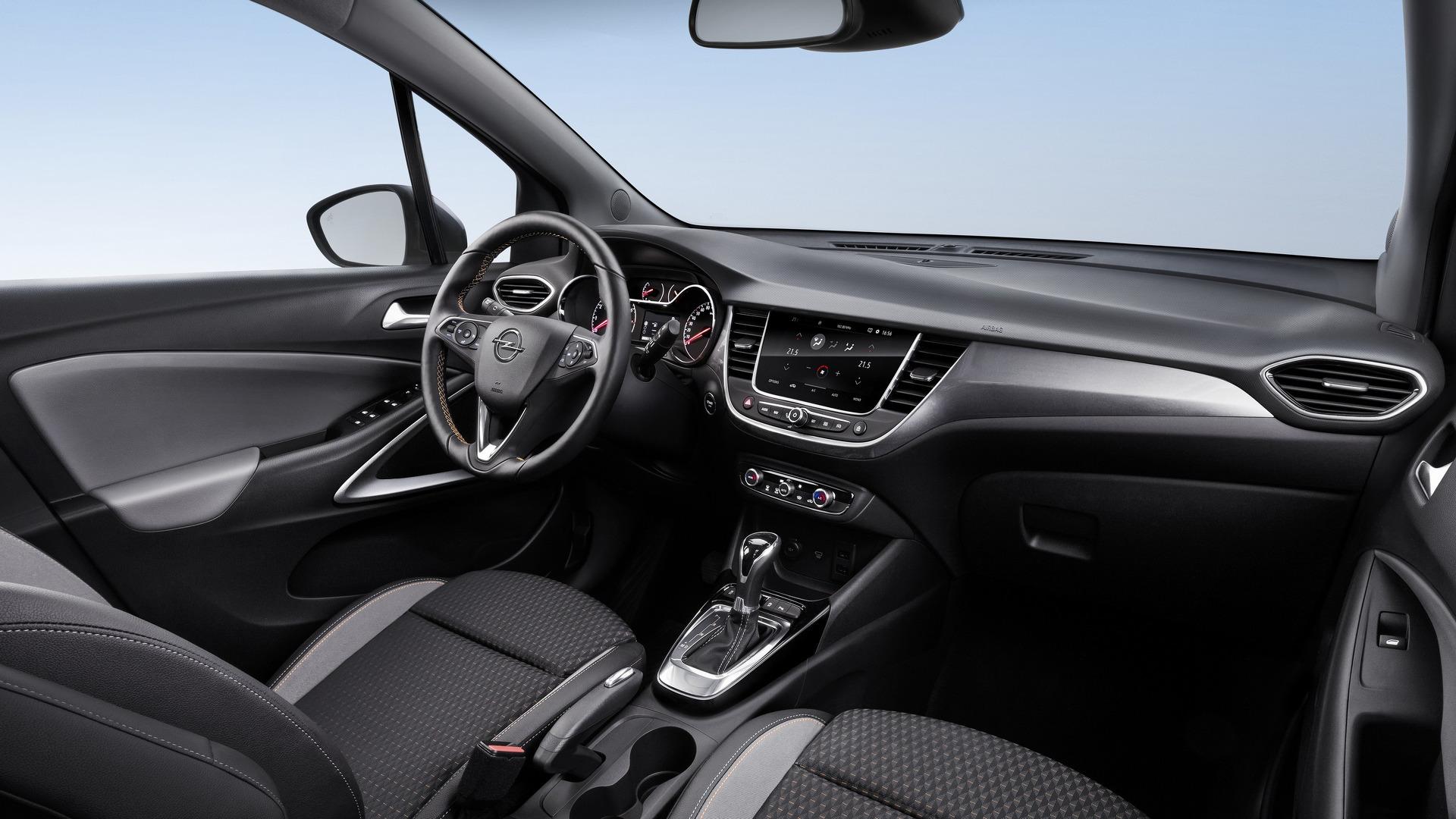 Кроссовер Opel Crossland X получит новую коробку передач 2