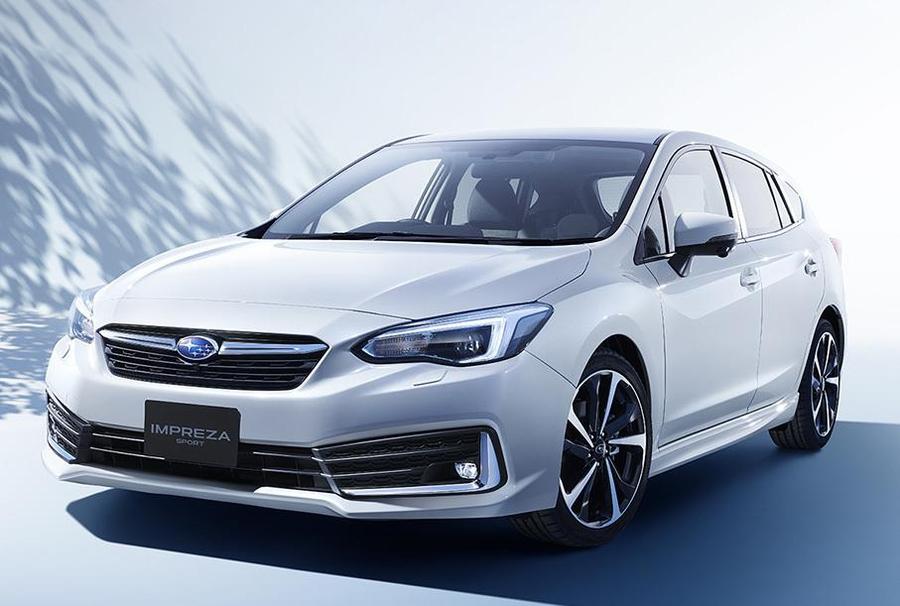 Subaru обновила хэтчбек и седан Impreza 1