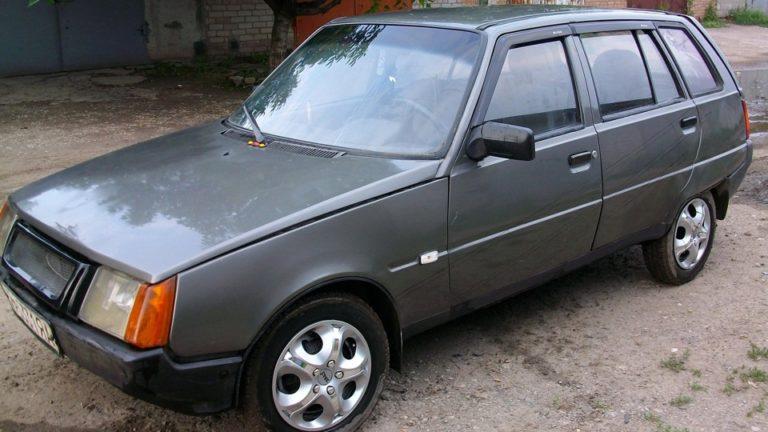 Каким мог быть «народный» автомобиль ЗАЗ-1105 «Дана» 1