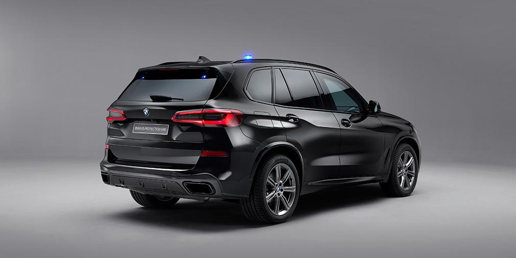 BMW X5 защитили от выстрелов из «Калашникова» 2