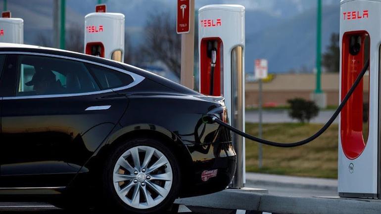 Продажи электромобилей в Европе выросли на треть 1