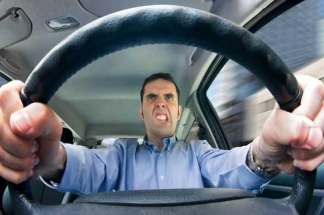 Водителей обяжут проходить дорогостоящие курсы 1