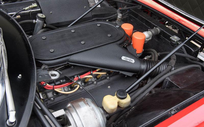 Продается первый Ferrari Элтона Джона. Торг уместен 3