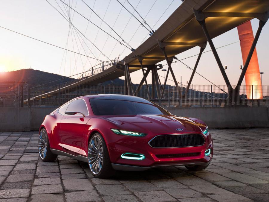 Ford готовит новую глобальную модель — кроссовер Mondeo Evos 1